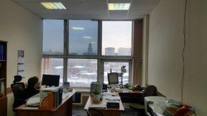 Тонирование окон в офисе